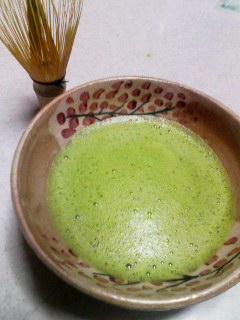 春茶碗で抹茶。