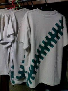 ジープTシャツ製作中。