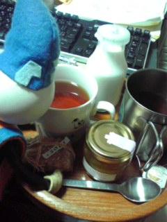 お紅茶を頂きます(笑)