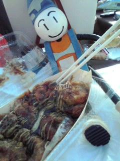 お昼たこ焼き〜